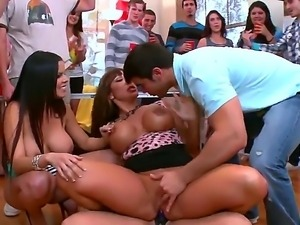 Crazy college party is just the way you like it with sexy Ava Devina, Britney...