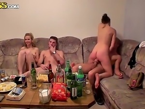 Young sluts are having intense pleasure fucking like crazy in wild orgy