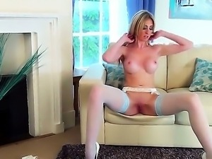 Have fun with flirtatious and skinny chick Perri Doran playing with herself...