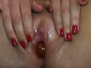 Unbelievable vagina playing in kitchen