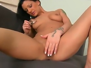 After an awesome masturbation Choky Ice went on a sensitive massage to relax...