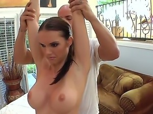 Alluring Jennifer Dark gets a sensual oil massage from a hot masseur to sooth...