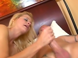Cock addicted lusty blonde milf Payton Leight with nice natural tits and...