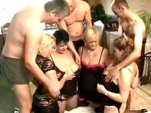 4 bbw in an orgy