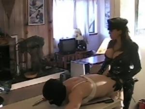 Mistress sissy gets strapon