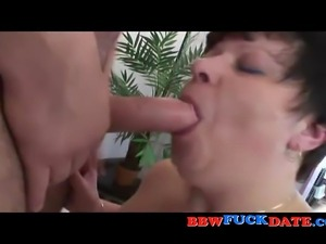 Fat mature woman has sex with younger man