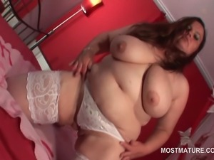 Busty mature stockinged BBW flashing cunt and big butt