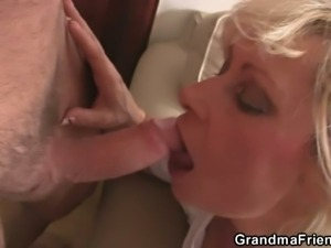Mature blonde milf enjoys two fresh young cocks