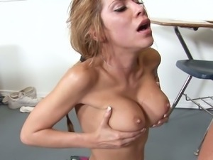 Alexa nicole gets mouth and pussy pounded on table