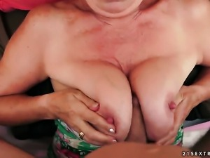 Effie with big boobs is a hard dick addict