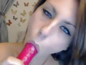Hot Babe One Intense Orgasm