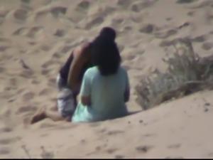 Marocaine couple caught fucking at the beach
