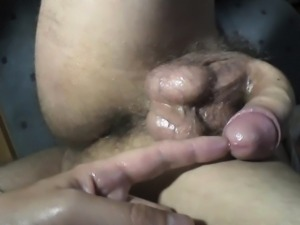 Public Park - Handjob and Pissing
