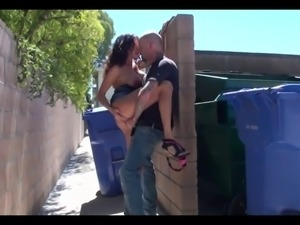 BIG TIT WIFE FUCKS AND BLOWS IN ALLEY!