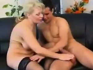Hungry Mature Woman Wants To Fuck