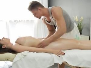 Big tit Russian nymph gets a voluptuous massage