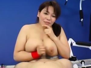 Mizuki Ann has huge cans sucked at gym