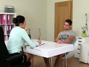 Handsome amateur dude fucks female agent on casting