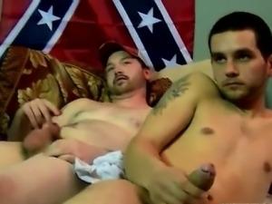 Sexy men Brian delivers a supreme unloading jizz load, wanki