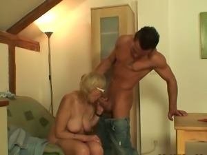 Porn-loving granny gets a hard cock to enjoy with!