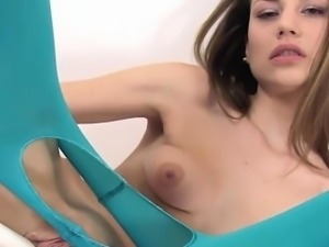 Brunete Czech Toys Her Smooth Cunt