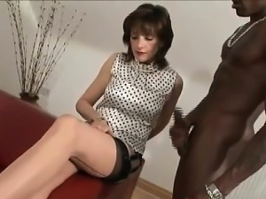 British trophy wife gets cumshot