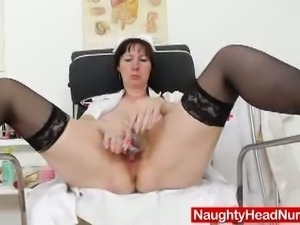 Wild brunette mature dildos her cunt for you