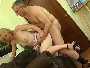 Young pussy sits on old cock