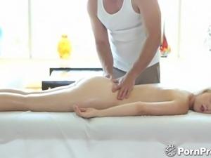 HD - PornPros Hardcore massage for blonde