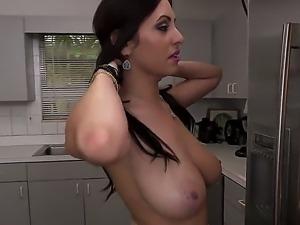 Naked sexy body of gorgeous sexy babe Jazmyn will take your breath away....