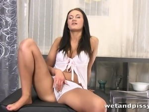 gabriela daniels love to squirt