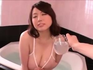 Rin Aoki getting an oil massage