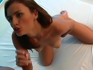 Oral sex with sexy hottie Kamilla