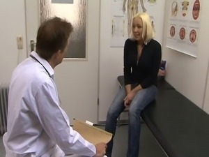 Mandy  M ystery - Ficken beim Frauenarzt
