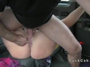 British amateur babe cunt licked in taxi