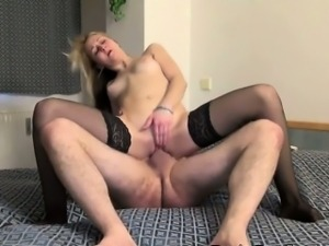 Big Booty Hoe Darina Gets Pounded Doggystyle