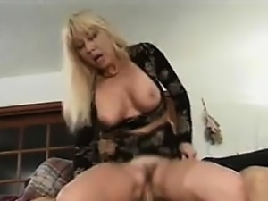 Blonde Grandma Wants Some Rough Fucking