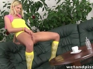 Closeup squirting action with horny blonde Noleta