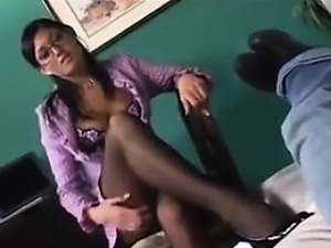 Sexy Therapist In Pantyhose Having Sex