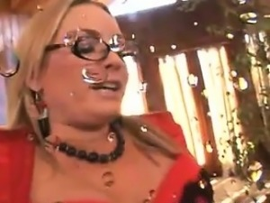 Sexy Blonde Gets Licked And Then Squirts