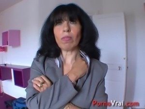 Mature hyper-sexuality my pussy is constantly wet! French amateur free