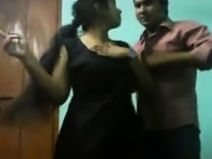 Sexy Indian woman gets molested on camera