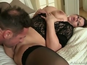 Yummy fair haired mommy in stockings gets doggy fucked rough