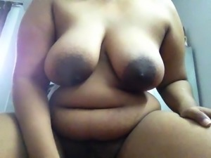 indian milf bitch doing cam fun with online bf-p1