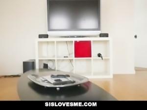 SisLovesMe - Cute Step-Sis Wanted To Cuddle
