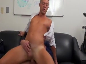 Ordinary day at the office turns into a hard gay anal banging