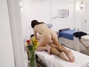 pervert voyeur leads to sexy pov lingam massage