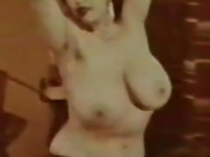Linda West Shakes and Jiggles Her Big Boobs (1950s Vintage)