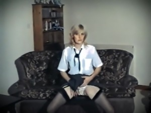 A LITTLE RESPECT - vintage British saggy tits strip dance