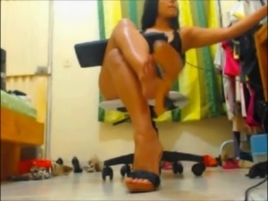 latina milf heels and foot compilation